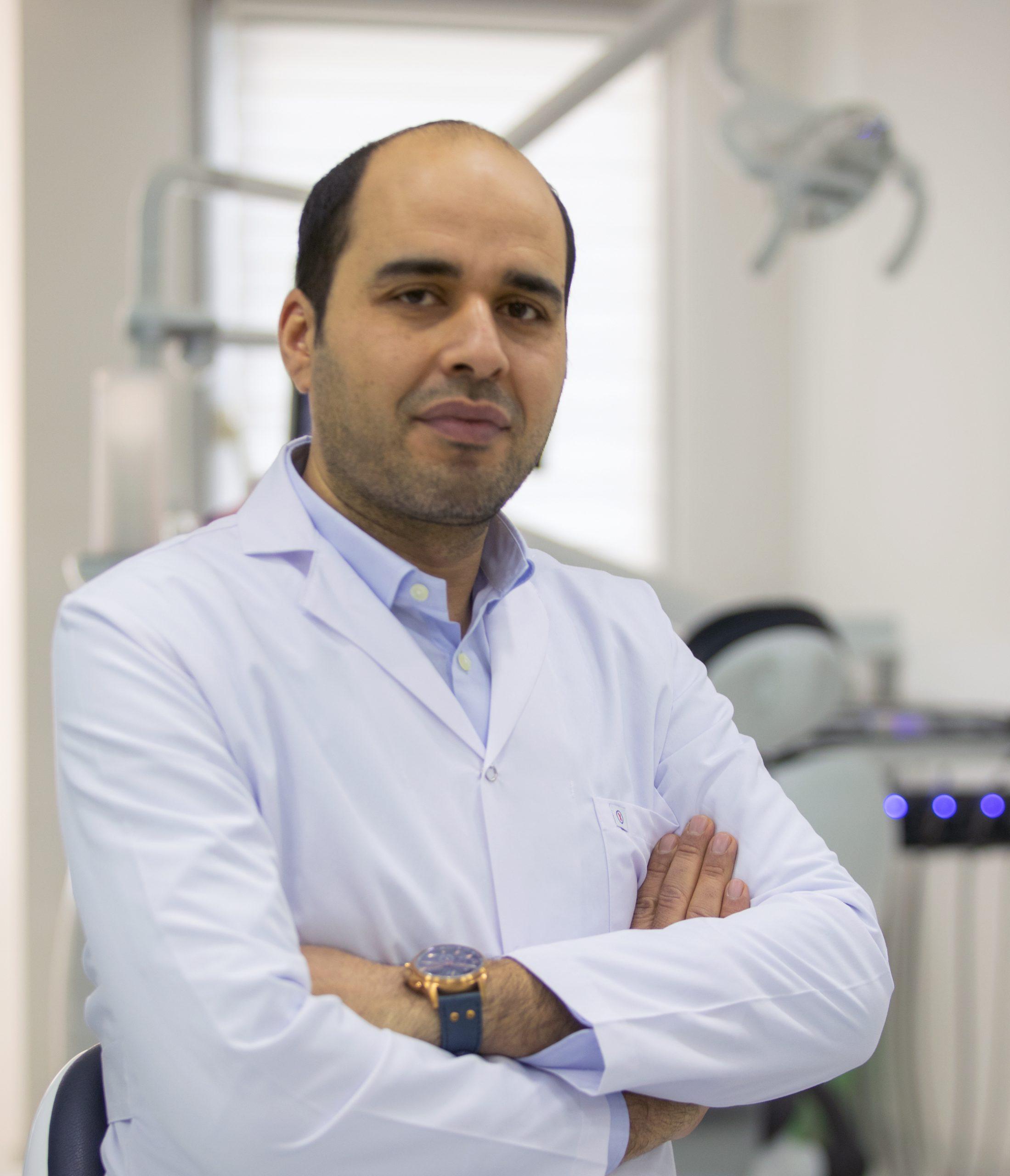 طبيب أسنان في اسطنبول تركيا