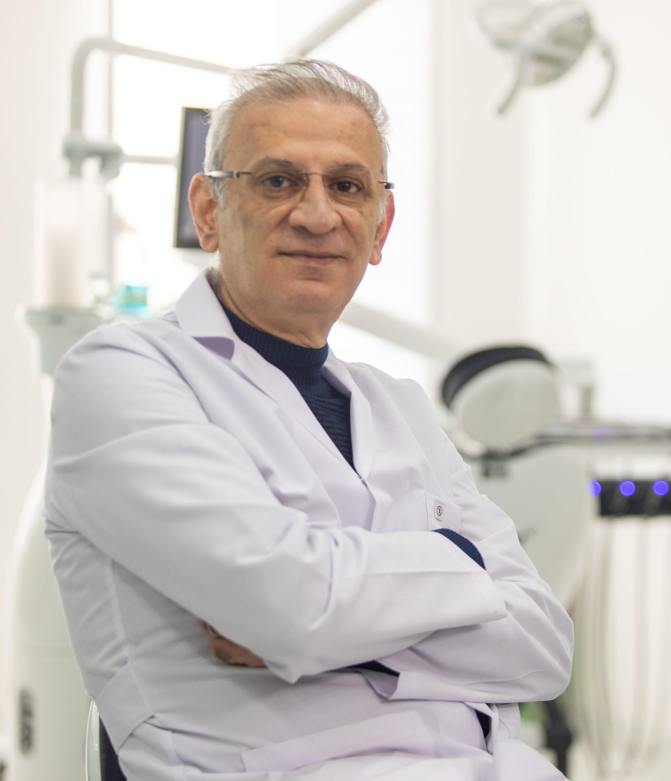 طبيب أسنان عربي في اسطنبول