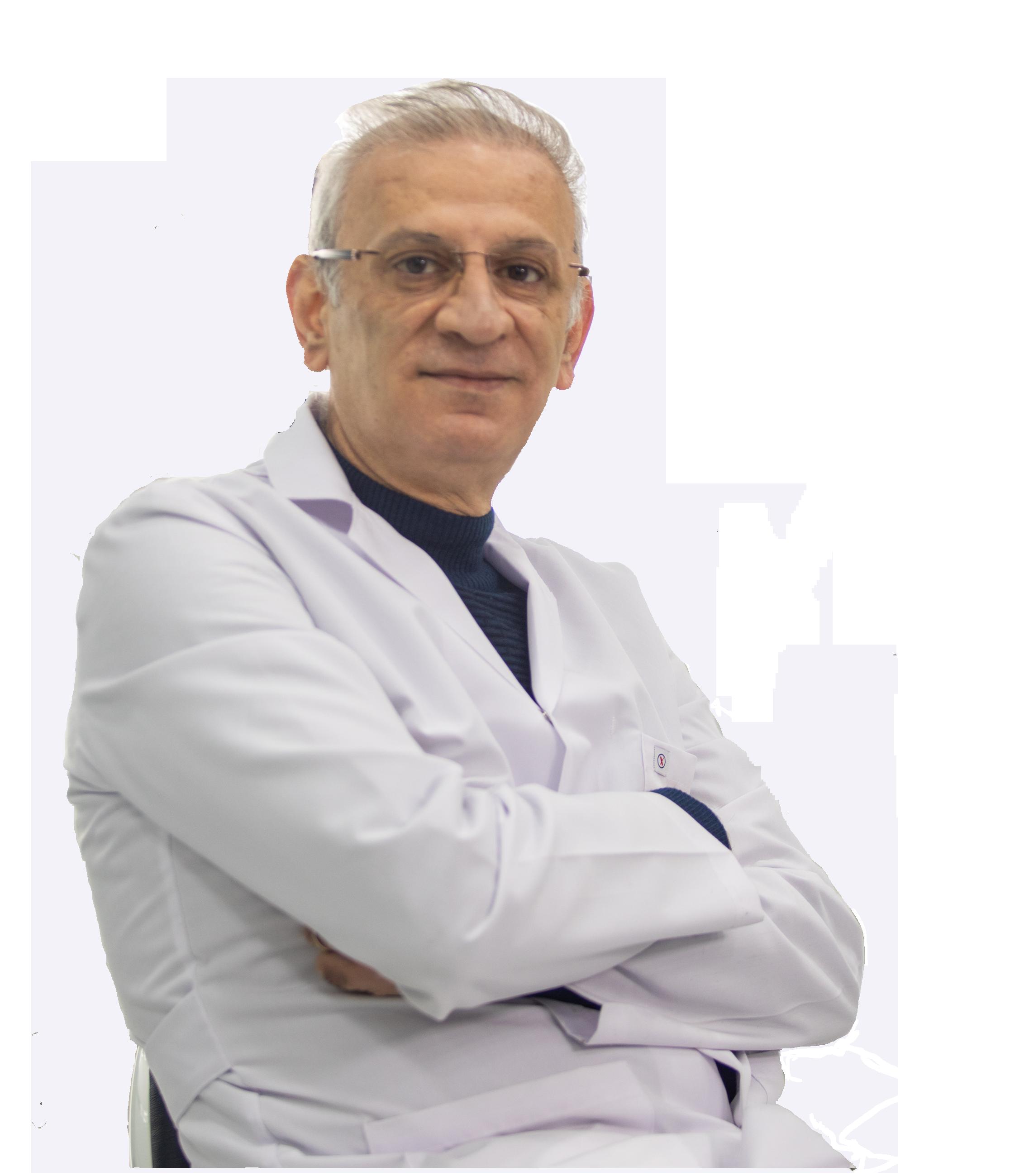 الدكتور أحمد سعيد - طبيب أسنان عربي في اسطنبول